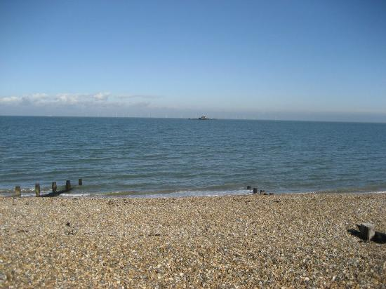 from the promenade picture of herne bay central beach. Black Bedroom Furniture Sets. Home Design Ideas