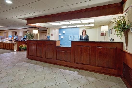 Holiday Inn Express Exton - Lionville: Hotel Lobby