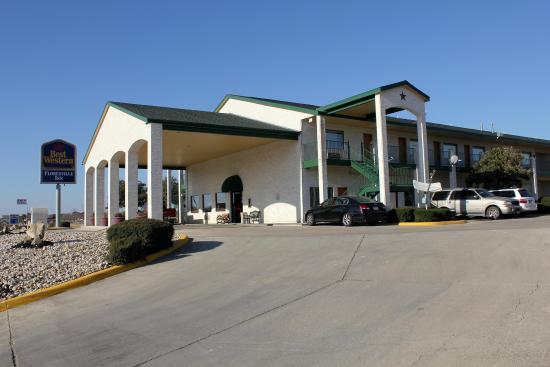 Photo of Best Western Floresville Inn