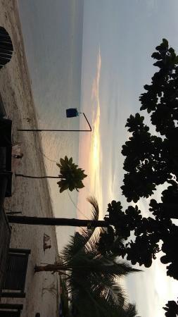 Charm Beach Resort: IMG-20151122-WA0004_large.jpg