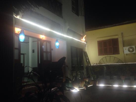 Moon's House Hotel