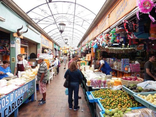 El Popo Market: Einer der Marktgänge