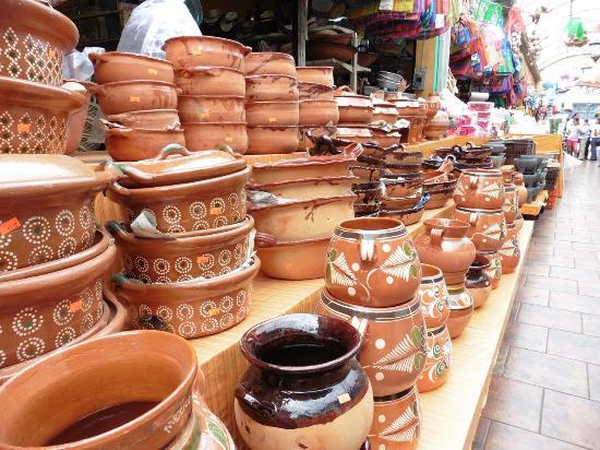 El Popo Market : Landestypische Töpferwaren (1)
