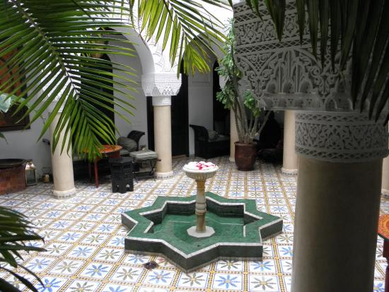 Riad Adriana: Patio central