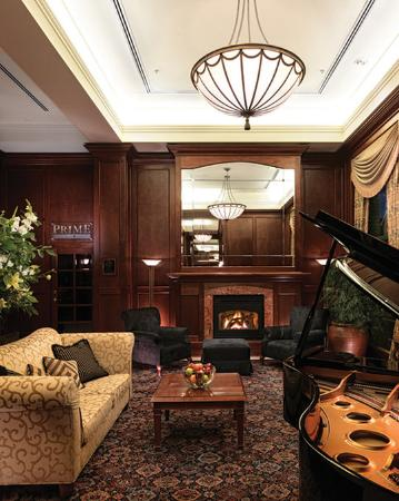 Magnolia Hotel And Spa: Lobby with gas fireplace