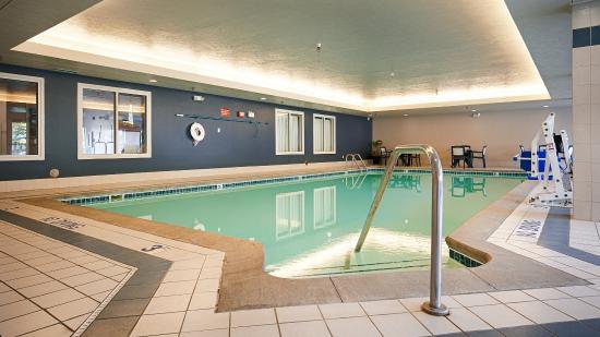 Best Western Beacon Inn: Indoor Pool