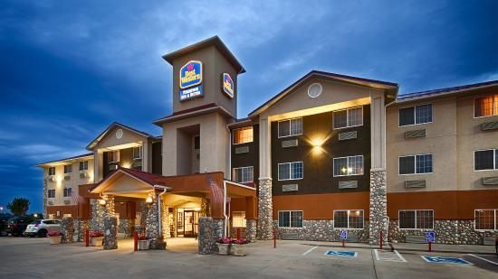 Best Western Firestone Inn Suites