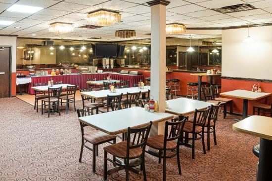 South Saint Paul, MN: Breakfast Seating
