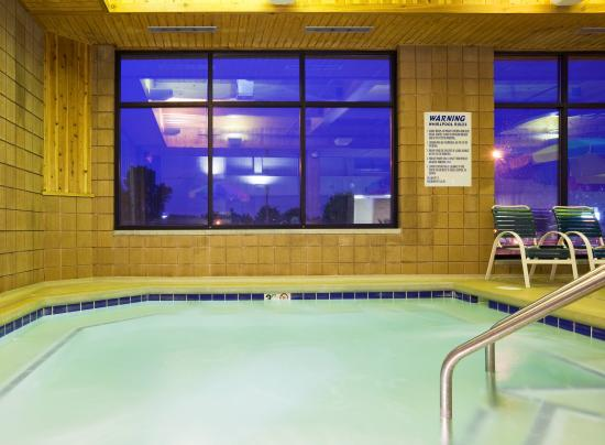 Holiday Inn Appleton: Unwind at the end of your day