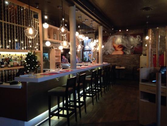 Restaurant Legende Decor Captures The Essence Of Quebec