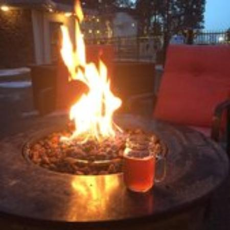 Richfield Springs, Нью-Йорк: Fire pit at the Baseball Hotel