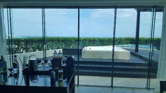presidential suite bar picture of live aqua beach resort cancun