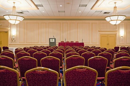 Boxborough, MA: Boardroom