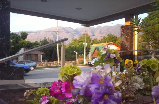 Hotel Algarrobo: FRENTE