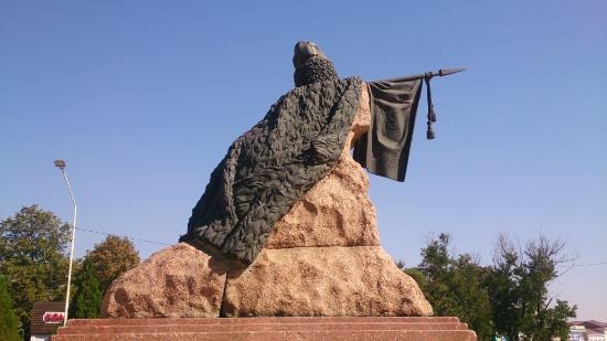 Baklanov Statue