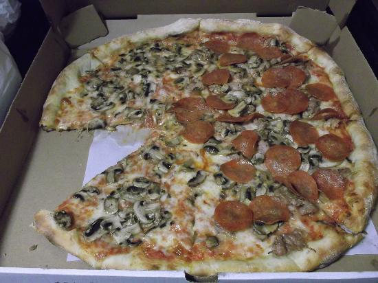 Flanders, NJ: Large Mushroom half with Pepperoni and Sausage