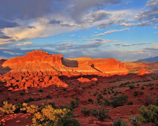 Sunset Point Trail: Sunset on Capitol Reef