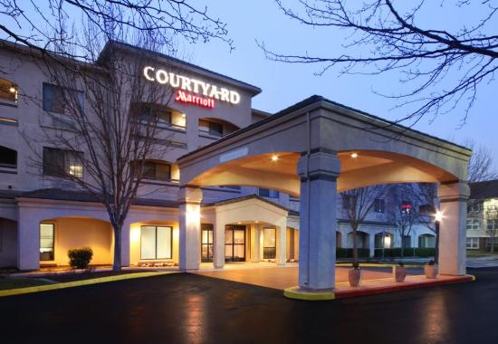 Courtyard by Marriott San Jose South/Morgan Hill: Exterior