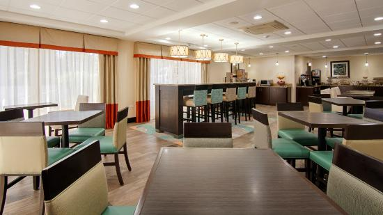 Best Western Hotel On Cicero In Chicago Il