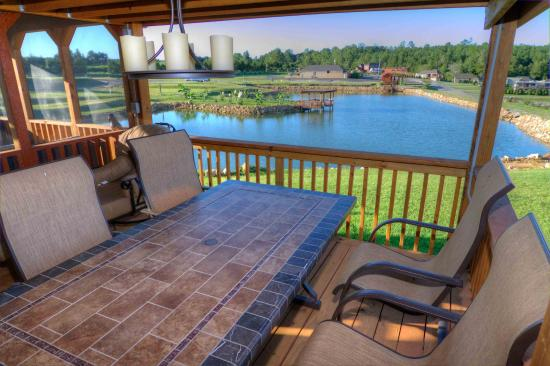 Crane Hill, AL: Pond view lots now available in Phase 2. Stocked with large catfish, bass and bream