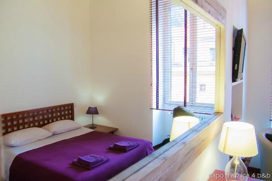 Capo d'Africa 4 Bed & Breakfast : Purple room
