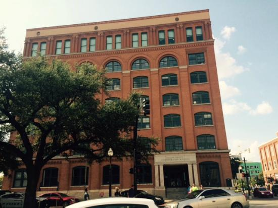 the sixth floor museum picture of dealey plaza national historic landmark district dallas. Black Bedroom Furniture Sets. Home Design Ideas