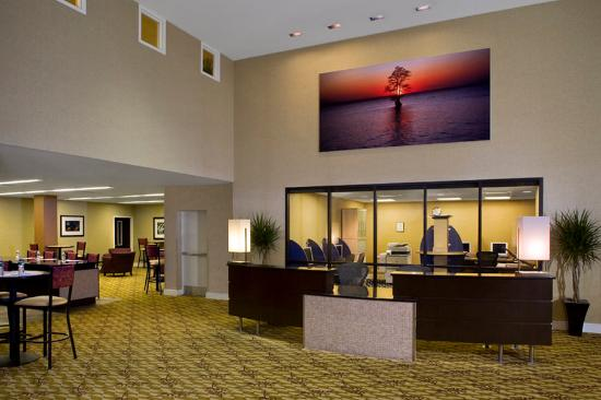 Bethesda, MD: Executive Meeting Center Foyer And Business Center