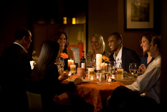 Bethesda, MD: Share Wine Lounge and Small Plate Bistro