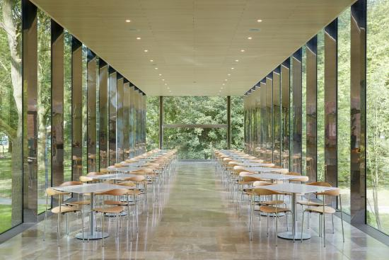 Whitworth Art Gallery: Café in the trees, photo by Alan Williams.