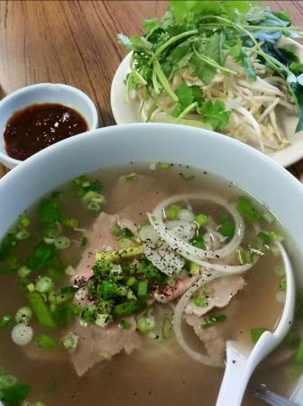 Pho asian barbecue and grill asian restaurant 604 n for Asian cuisine and pho