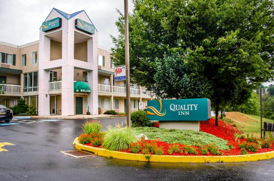Quality Inn New Cumberland - Harrisburg South : Exterior