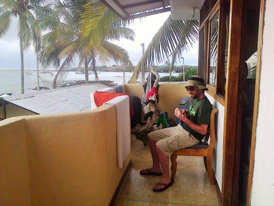 Estrella del Mar Hotel : Aquí un poquito de los placeres que ofrece el balcón.