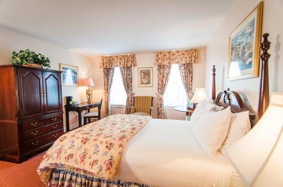 Hotel Northampton: Standard Queen Guest Room