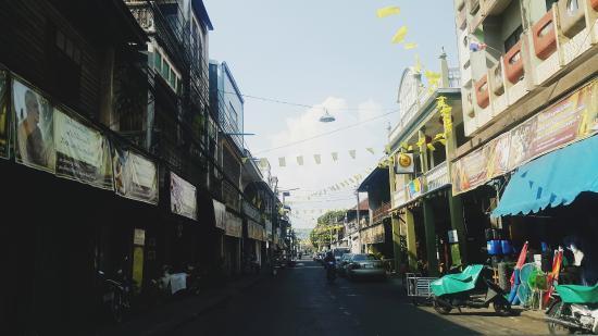 Pakprak Road