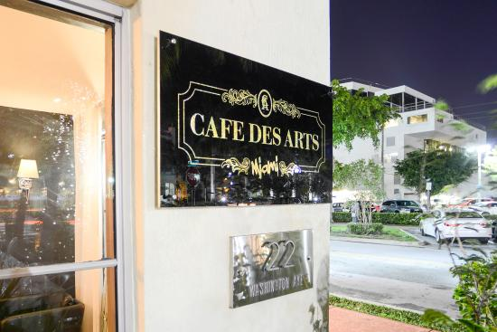 ‪Cafe des Arts Miami‬