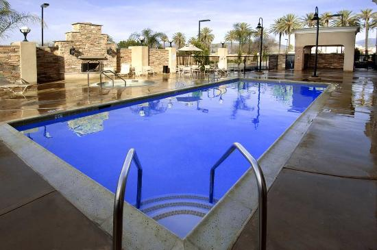 Photo of Hampton Inn & Suites Hemet