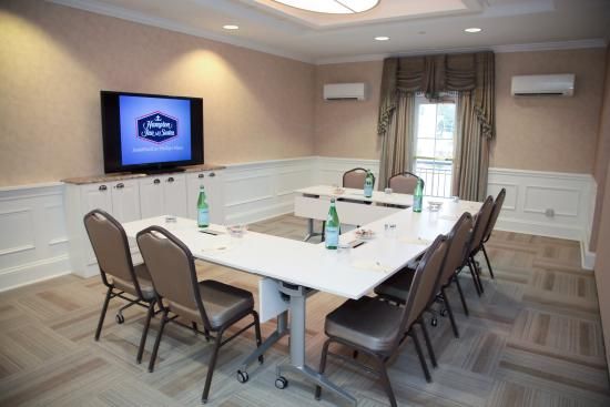 Hampton Inn Charlotte - South Park: Meeting Space