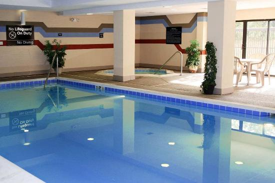 Horse Cave, KY: Indoor Pool & Whirlpool