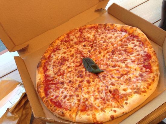 Pizza buona e ben condita salame piccante e grana for Domino pizza