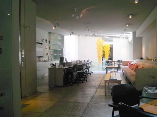 cE Hotel de Diseño: Zona del desayunador
