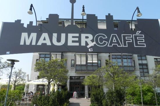 mauer cafe, berlin - restaurant reviews & photos - tripadvisor, Garten und erstellen