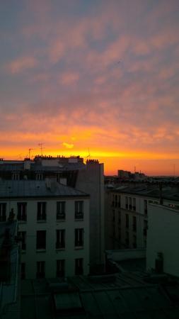 Perfect Hotel & Hostel: vista al amanecer