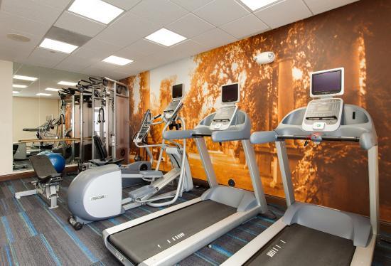 เวอร์นอนฮิลส์, อิลลินอยส์: Fitness Center