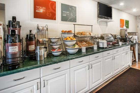 LaVergne, TN: Breakfast Area