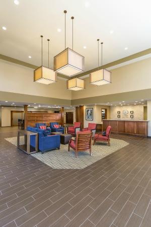 Hartville, OH: Lobby Front Desk
