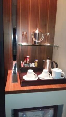 Holiday Inn Johannesburg-Rosebank: Tea tray
