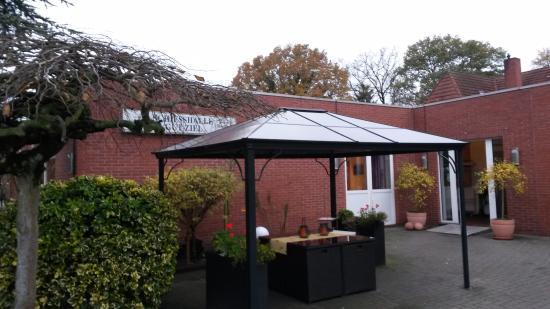Edewecht, Tyskland: Внутренний двор