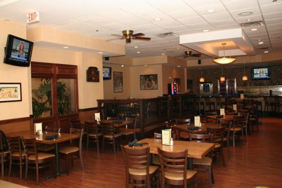 Trevose, PA: Happy Hour Specials, Monday - Friday in Brady's Pub
