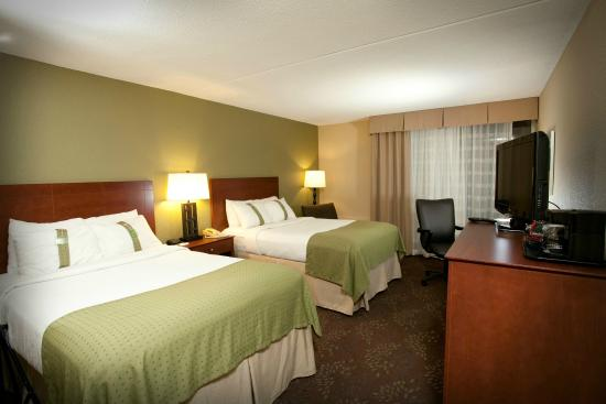 Fairmont, MN: Double Bed Guest Room