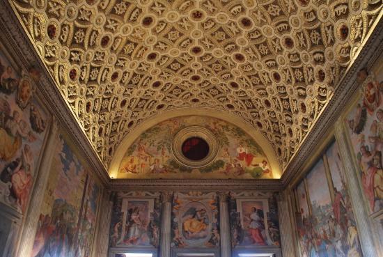 Prato, Italia: villa medicea
